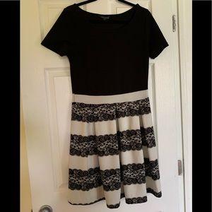 Short Sleeved Patterned Dress